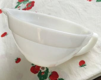 Vintage Fire-King White Milk Glass Mixing Batter Bowl with Handle and Pour Spout