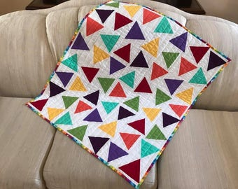 Triangle Toss Quilt free shipping,wall hanging throw table topper baby adult  quilt modern colorful yellow red blue orange purple turquoise