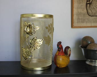 1960s Vintage Trash Can Metal Mesh with Leaves and Roses,  Gold Flowers, Wire trash can, Gold mesh trash can, Bathroom decor, Bedroom decor