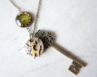 Steampunk necklace key cat