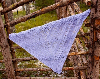 Hand knitted triangular lace shawl, Violet triangular lace shawl, Hand knitted triangular shawl, Women's lace shawl, Triangular scarf