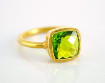 Peridot ring, August Birthstone ring, cushion ring, statement ring, gold ring, peridot jewelry, square ring, August birthday gift for her