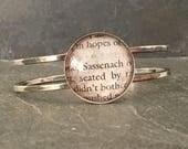 Outlander jewelry, Outlander gift, Outlander bracelet, book lover gift, book nerd gift, book bracelet, Sassenach, book page bracelet