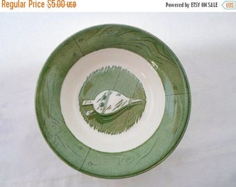 ON SALE Vintage, Berry Bowl, Colonial Homestead, Green & White, Royal, USA, Cottage Chic, Bowl, Serving
