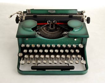 Typewriter, Royal Portable P series 1930s, Green