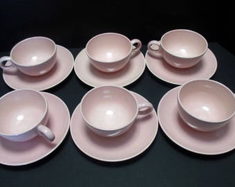 Taylor Smith Taylor Pebbleford Mid Century Modern - Set of 6 Pink flat cups and saucers