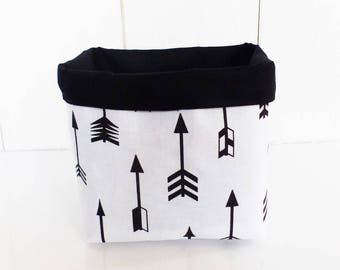 Basket / pot fabric geometric large arrows and plain black and white
