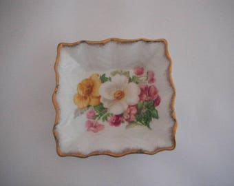 Porcelain Trinket Dish Roslyn Fine Bone China Simmer Beauty, Pin Dish, Ring Dish
