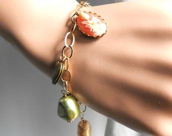 Cameo bracelet Cameo jewlery Cameo collector Cameo link bracelet Tiny cameos Daily bracelet Romantic bracelet Romantic gift-for-her Bracelet