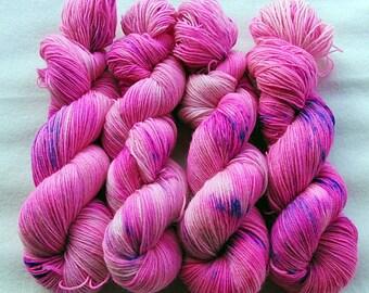 Handdyed SockYarn, 75 Wool, 25 Polyamid 100g 3.5 oz. Nr. 952