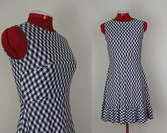 NEW ||| Flirty Lil' Dress ||| Brown and White Gingham ||| 1960s ||| Size 4 ||| Retro Day Dress
