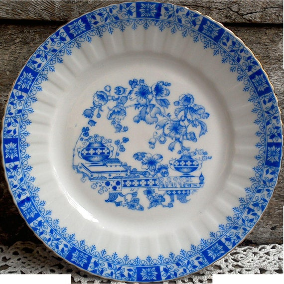 Schirnding Bavaria, Fine Porcelain, Plate, Blue and White, Fine China, Serving Germany, Holiday, Buffet, Gold Trim