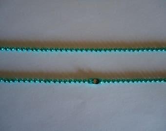 Dark green ball chain