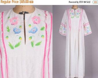 40% SALE 1960's Kaftan Dress // Hand Painted Vintage Maxi Dress  muumuu (medium - XL)
