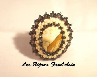 Ring embroidered on Jasper cabochon and Japanese white and black beads