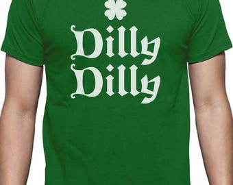 Dilly Dilly Clover ST. Patrick's Day T-Shirt Beer Shamrock Clover Irish Pride Crown Bud