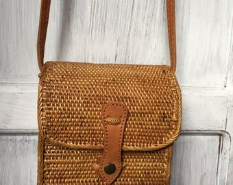 Handmade Rattan| bag; Bali bags; Crossbody;; Boho bag; Hippie Bags; Made from Bali, Indonesia