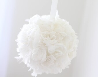 Baby room decor - Newborn decor - Flower ball - Hand made ball - Newborn flower decor - White - Baby room decor - Kissing Ball - Flowers