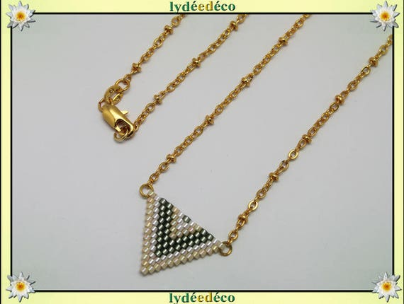 Necklace plated 18 k Green Khaki beige white and gold woven triangle chevron chain ball
