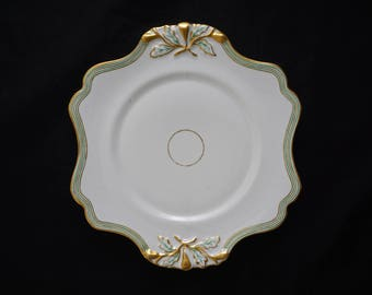 Old Paris Porcelain Scalloped Plate Gilt Green White - 19th Century, France