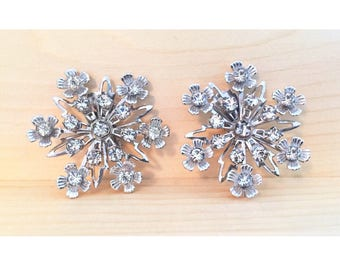 Vintage 1950s Floral Rhinestone Earrings