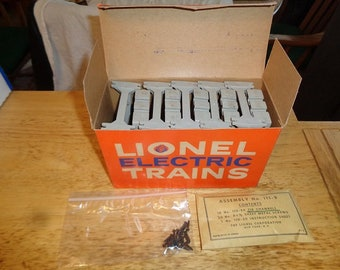 Lionel elevated trestle set in box with all clips and screws 1950s era