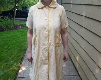 Lemon Seersucker Housecoat
