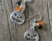Jack o' Lantern Earrings; pumpkin earrings; Halloween earrings; October earrings