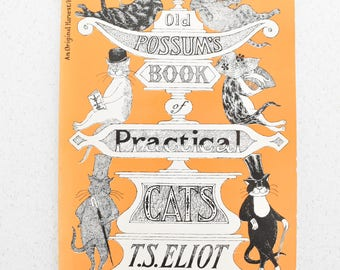 Old Possum's Book of Practical Cats by T S Eliot Illustrated by Edward Gorey Paperback Vintage Cat Lovers 1982