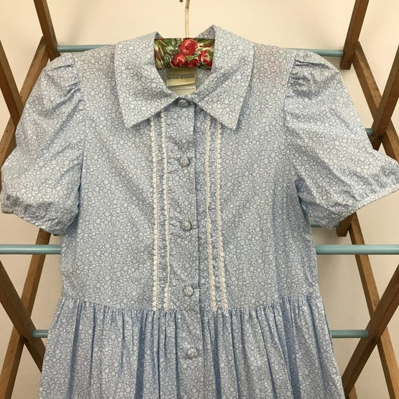 Vintage girls dress traditional style floral print dress blue 9 years childrenswear classic edwardian 40s 50s cotton chintz ditsy