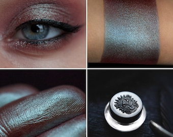 Eyeshadow: Polishing the Fangs - Undead. Brown-turquoise eyeshadow by SIGIL inspired.