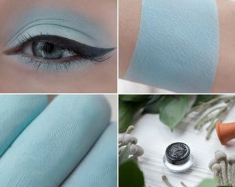 Eyeshadow: The Gardener - Light Castle. Light turquoise matte eyeshadow by SIGIL inspired.