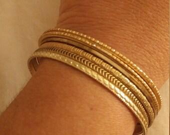 Vintage Set Of 6 Thin Goldtone Metal Bangle Bracelets