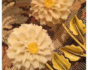 Celluloid Flower Brooch, Featherweight Celluloid Flower Pin, Vintage Flower Pin