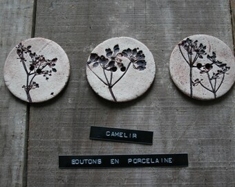 Large button porcelain ref 018
