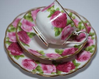 Vintage Tea Cup Trio, Royal Albert Tea Cup, Old English Rose Tea Trio English Bone China Tea Set, Porcelain China Tea Cup and Saucer Set