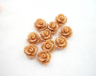 Eight flowers cabochons 10 x 6 light brown