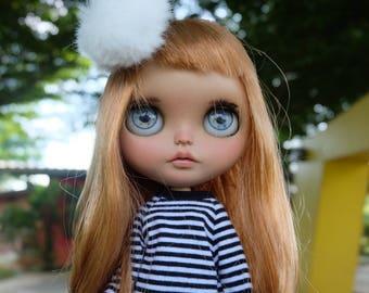 Honey is looking for love. OOAK custom blythe doll