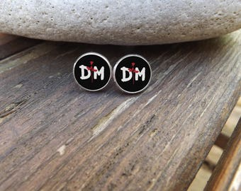 Stud Earrings DM, silvery support(medium), resin cabochon, they measure 10mm in diameter