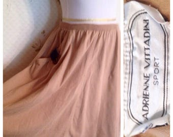 """WEEKEND SALE!!!/// Vintage Nautical Skirt. Perfect for summer. 28"""" Waist w/ stretch"""