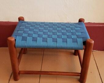 Footstool Shaker Style