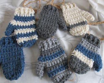 Denim blue Mitten garland photo prop / Mitten banner mantle decor / Grey Red Cream garland