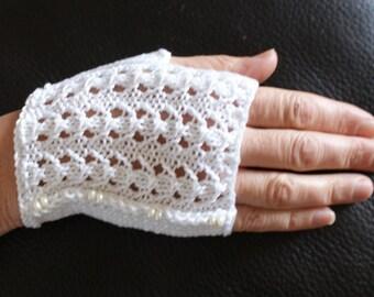 Fingerless gloves women, short, cotton white Egyptian beads