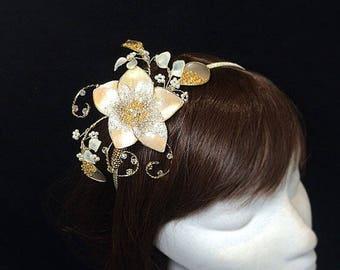 Peach fascinator, Bridesmaid tiara, Summer wedding, oyster flower, gold fascinator,