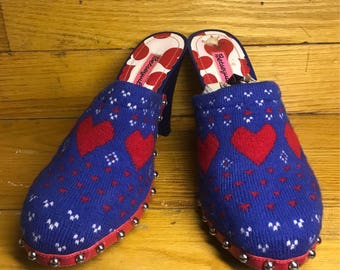 Vintage Blue Fabric Heart Clogs With Silver Studs Size 8.5