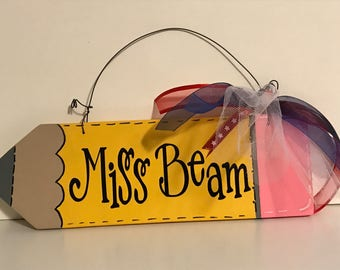 Teacher  Sign/ Personalized/ Hand Painted/ Vinyl/ Classroom Decor/Teacher Gift/ Appreciation Gift/ Back to School