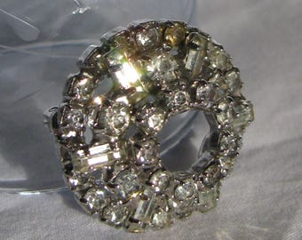 Beautiful Mid Century ITTY BITTY Open Dome Brooch, Baguette Rhinestones, High Sparkle