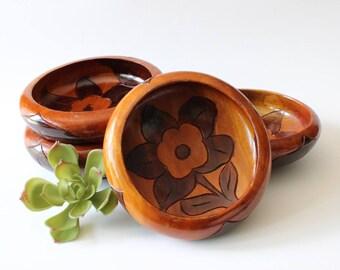 Vintage Wooden Bowls Intricately Carved Floral Salad Bowls Set of 4 Boho Home Decor Bohemian Kitchen