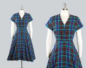 Vintage 1950s Dress | 50s Plaid Tartan Cotton Shirtwaist Full Skirt Blue Black Day Dress (small)