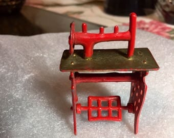 Miniature Dollhouse Metal Treadle Sewing Machine in Brass and Red With Moving Foot Pedal